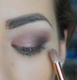 Blend the harsh lines with smooth fluffy blending brush; Brush 231