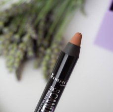 Rimmel Scandaleuse eyeshadow pencil in shade 015 Trespassing Taupe