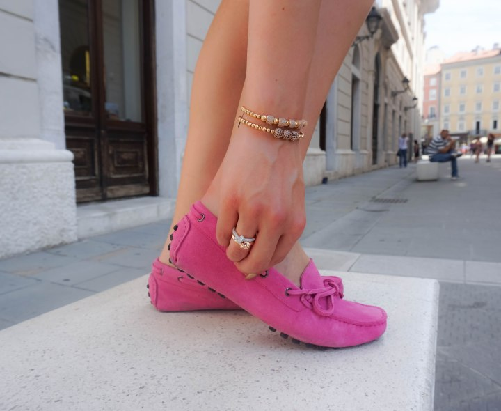 Zenger bracelets, Bronzallure knotted rings, Drivingshoe moccasins