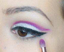 Softly blend the line with pencil brush using tiny amount of a pinkish purple eyeshadow. UD Jilted with Z230