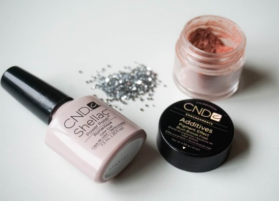 CND Shellac Romantique, CND Additives Blush Bronze Frost an silver nail stones