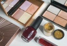 OPI Malaga Wine, BH Cosmetics eyemakeup glitters 'gold'