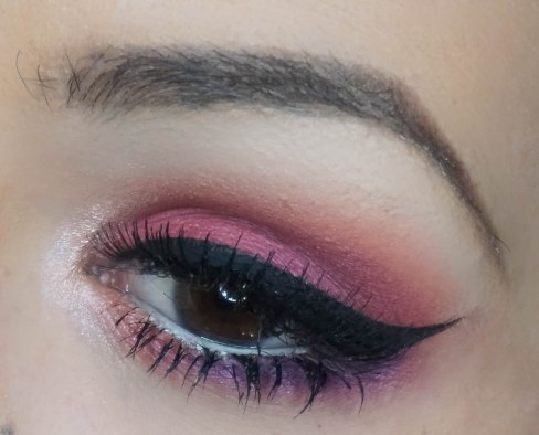 Create a dramatic cat eye and with this look I really recomment you to apply falsies just because your eyes will really stand out then even more