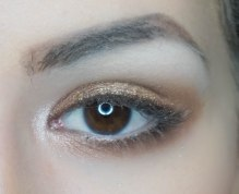 With small pointy brush apply the same eyeshadow (Sigma E30, Buck) as you applied on a cut crease. Then apply a tiny bit of chopper eyeshadow with dense brush (Sigma E46, Chopper) ad draw it all to the inner corner. Highlight the inner corner of the eye.