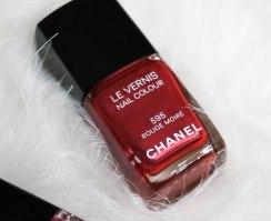 Chanel Le Vernis 595 Rouge Moré