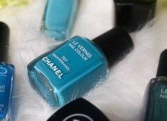 CHANEL nail colour 707 Mediterranée