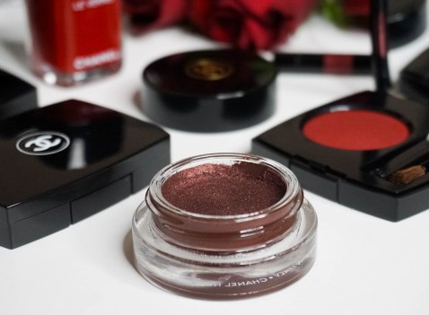 Chanel Ombre Première cream eyeshadow 810 Pourpre Profond