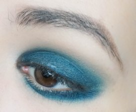 On top of that apply matte nude eyeshadow to add additional depth to the look